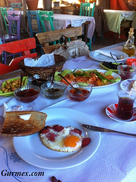 Assos kahvaltı nerede yapılır
