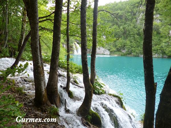 Plitvice Milli Parkı ne zaman gidilir
