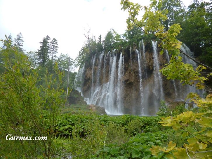 Plitvice Milli Parkı gezi rehberi