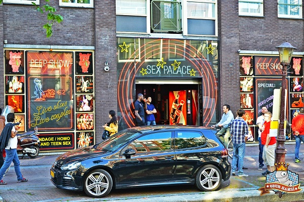 Amsterdam'da eglence mekanları,amsterdam red light street