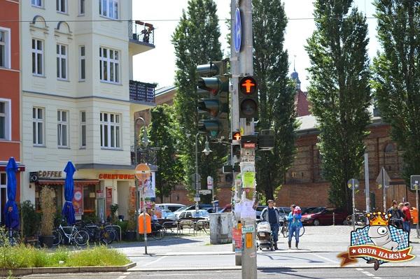 Berlin Ne Yenir,berlin-sokaklari