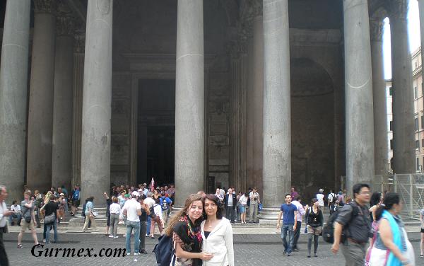 Roma Pantheon Anıt