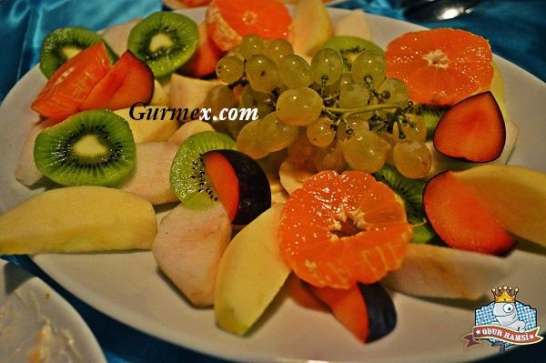 meyve tabağı İlhan Restaurant Gelibolu