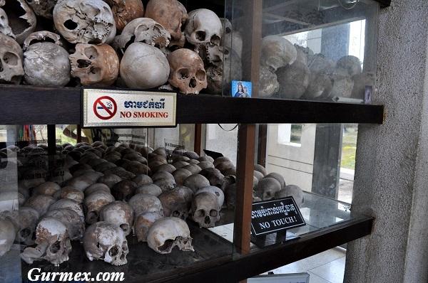 Kamboçya Choeung Ek Kızıl kımerler