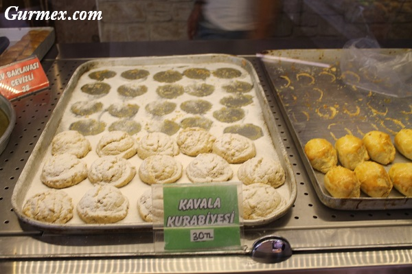 Cunda gurme mekanlar,Karadeniz pastanesi kavala kurabiyesi