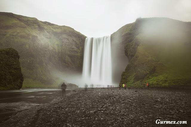 Skogafoss Şelalesi İzlanda Gezi Rehberi
