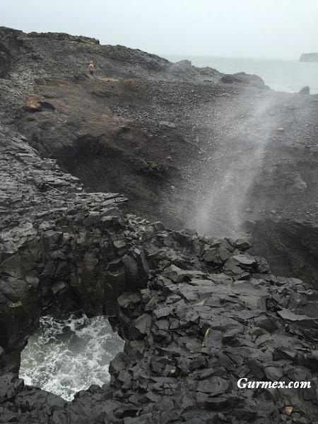 Lav tarlası ve lav tozu İzlanda Gezi Rehberi