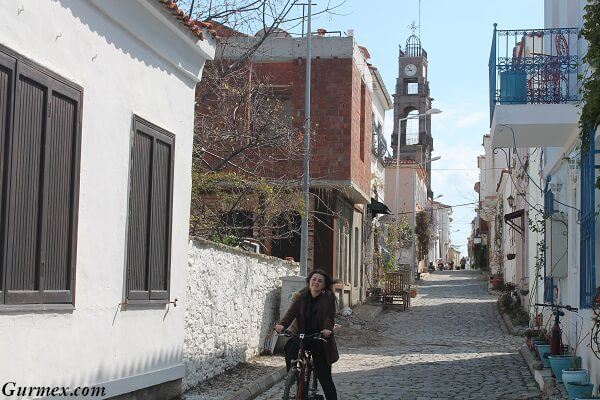 Bozcaada Gezilecek Yerler bisiklet turu