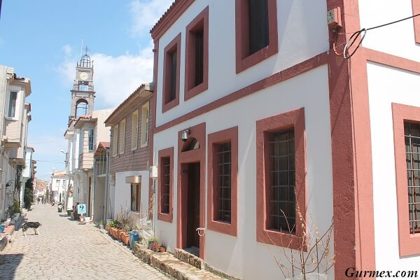 Bozcaada Gezilecek Yerler, meryem ana kilisesi