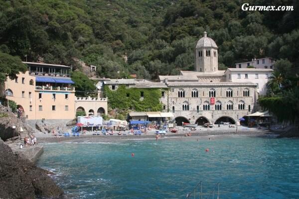 san-fruttuoso-kilisesi-nerede-sahil-turu Portofino