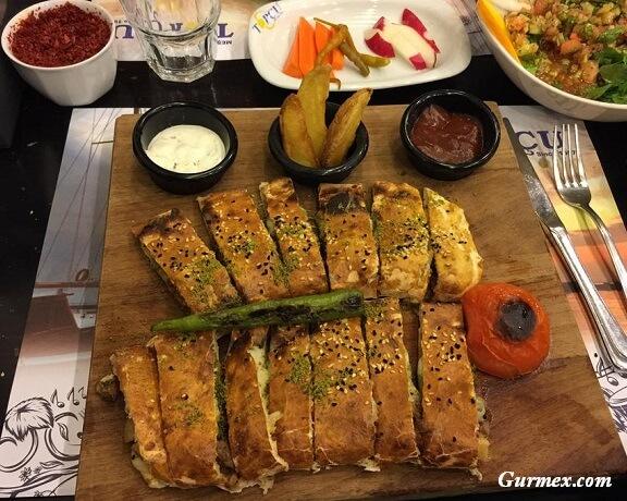 Topçu Restaurant Alsancak, İzmir'de kuzu kapama nerede yenir