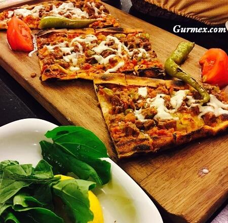 Topçu Restaurant Alsancak, İzmir'de pide nerede yenir