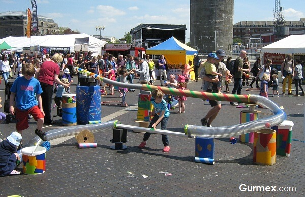 dunya-avrupa-vegan-vejeteryan-festivalleri-etkinlikleri-karnavallari-fuarlari-veganfest-vegan-festivali-bristol-ingiltere