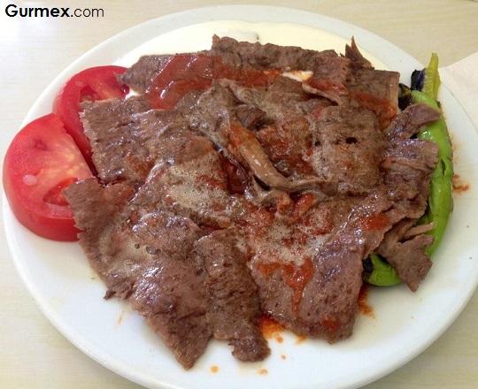 Bursa kebabı döner kebap iskender kebabı, Bursa etli yemekleri