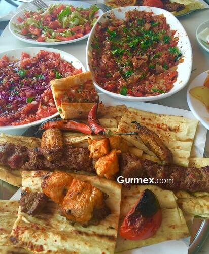 Adanada bol adana kebap nerede yenir, Bol Kepçe kebap menü fiyat listesi Adana