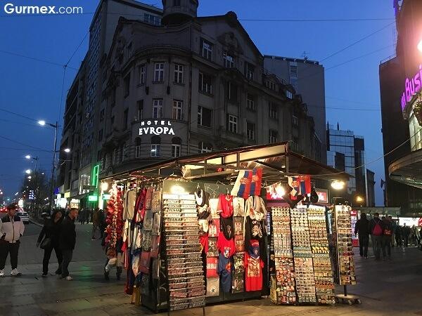 Belgrad gece hayatı Otobüsle Balkan Turu