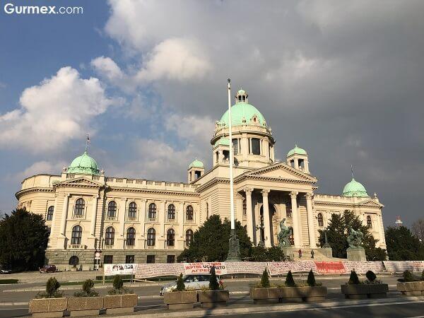 Belgrad gezilecek yerler,Otobüsle Balkan Turu