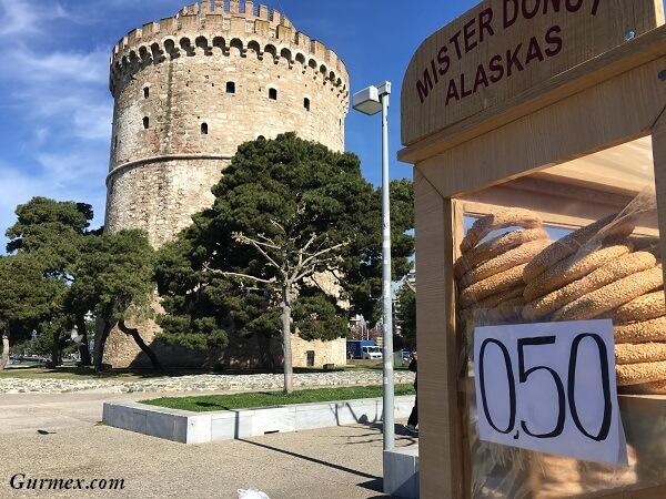 Otobüsle Balkan Turu,Selanik'te ne yenir selanik simidi