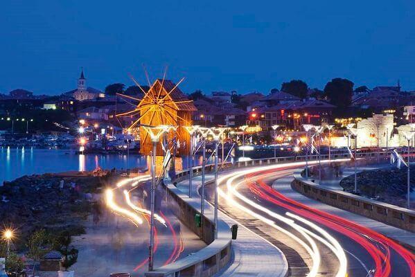 burgaz-gece-hayati-barlar-kafeler-restoranlar-eglence-mekanlari-gurme-gezi-blog-bulgaristan