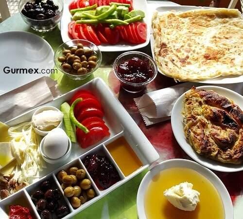 Bozcaada'Da kahvaltı Bozcaada yeme içme