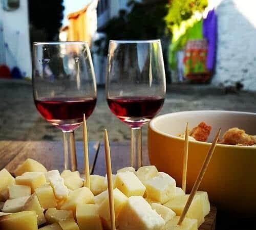 Bozcaada'da ne içilir Bozcaada yeme içme