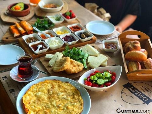 Kaş'ta Ne Yenir,Kaş kahvaltı yapılacak yerler, Omlet kahvaltı Antakya kahvaltısı
