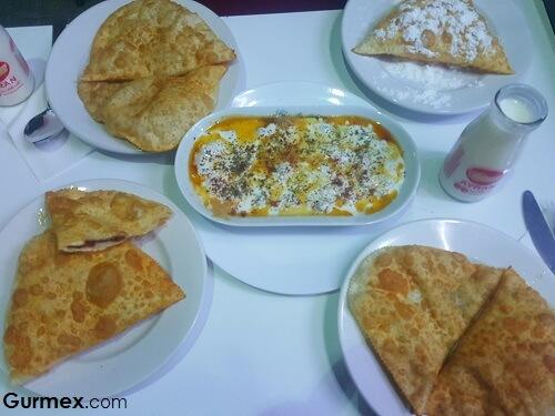 Bursa'da en iyi çiğ börek ve mantı