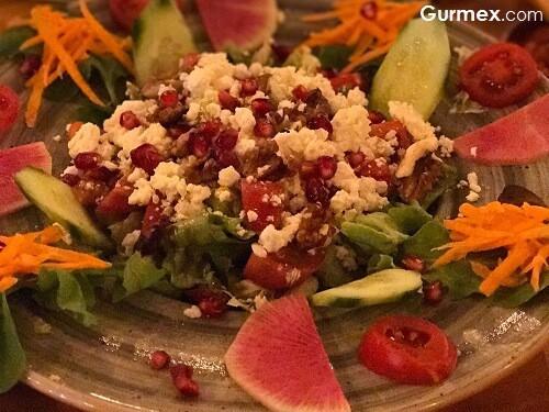 Tulum peynirli salata Gıyb-et Lüleburgaz