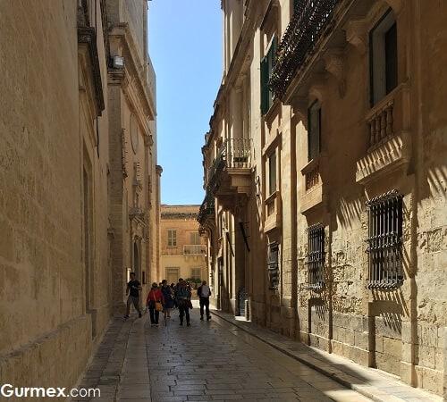 Mdina gezi rehberi Malta Yeme İçme