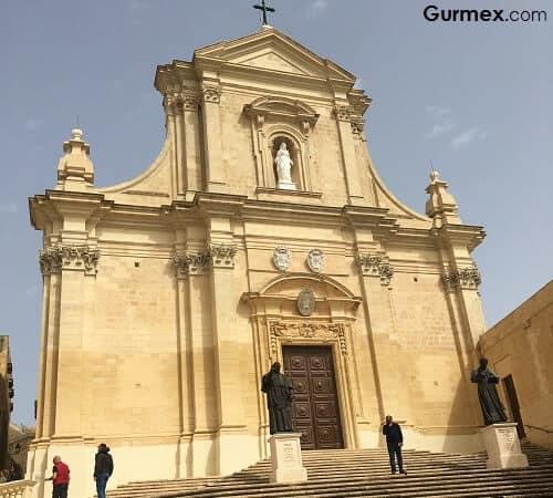 Malta gezilecek tarihi yerler Malta Yeme İçme