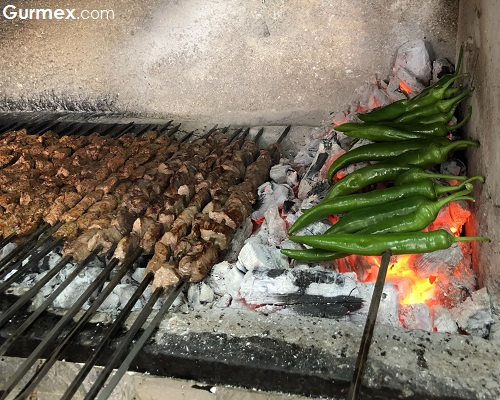 Kebapçı Halil Usta Gaziantep küşlemeci