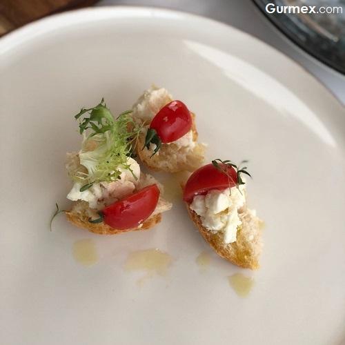 Golit ekmeği salatası Yöresel Ordu Yemekleri