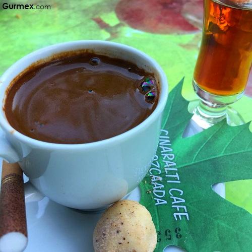 Türk kahvesi çınaraltı cafe