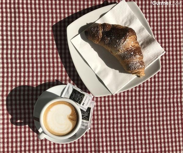 Antico Caffe Greco Roma'da nerede ne yenir