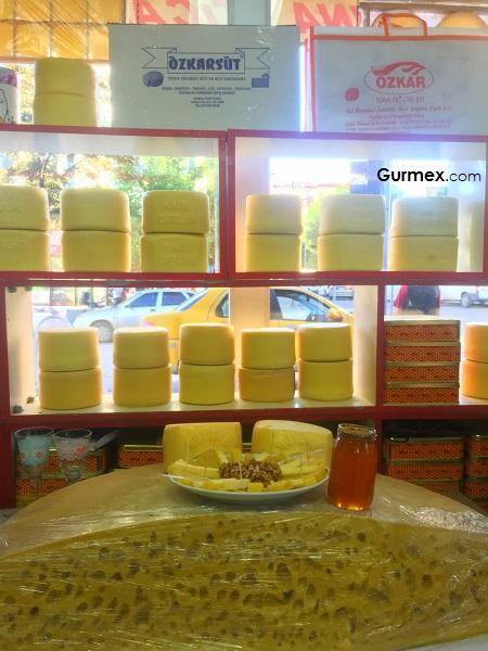 Ne yediğinizi bilin kaşar peyniri