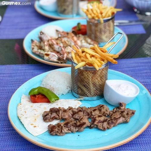 kuzu şaşlık Azzur Restaurant Mövenpick Hotel