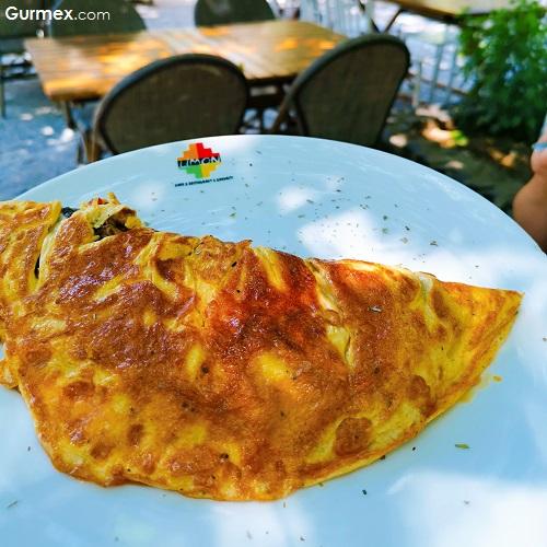 omlet Limon Cafe