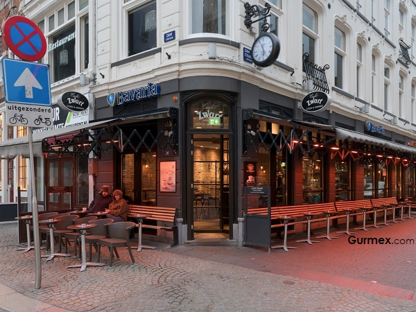 Amsterdam Cafe Zwart