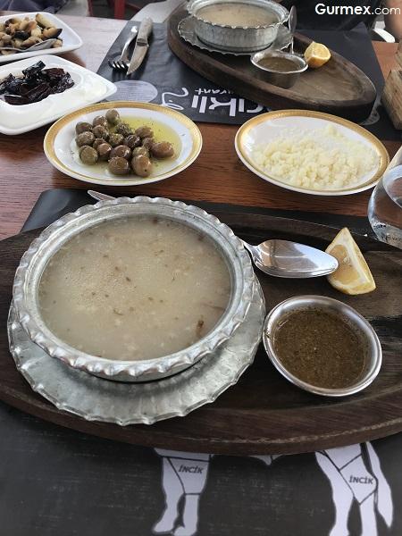 Paça Çorbası Çarıklı Et Restaurant