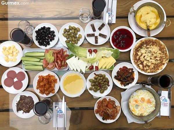 Sera Gölü Kahvaltı Hayal Vadisi Restaurant