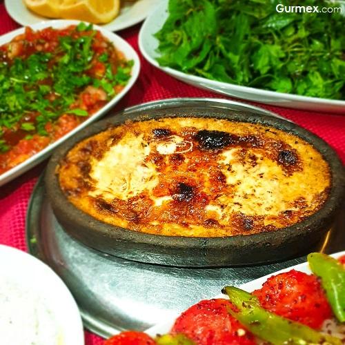 Sucuklu Humus Elem Restaurant