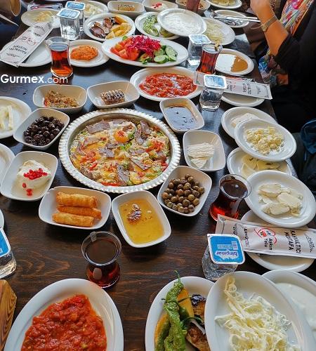 Diyarbakır kahvaltıcı Mustafa Hasanpaşa Hanı