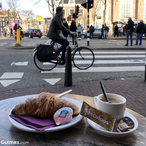 Kruvasan Amsterdam Sokak Lezzetleri